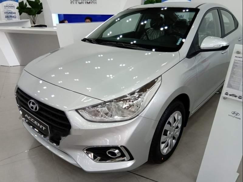 Bán ô tô Hyundai Accent sản xuất năm 2019, màu bạc giá cạnh tranh-0