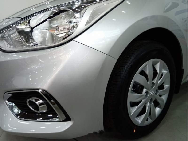 Bán ô tô Hyundai Accent sản xuất năm 2019, màu bạc giá cạnh tranh-2