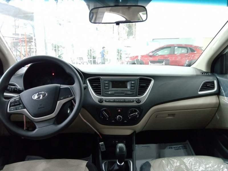 Bán ô tô Hyundai Accent sản xuất năm 2019, màu bạc giá cạnh tranh-3