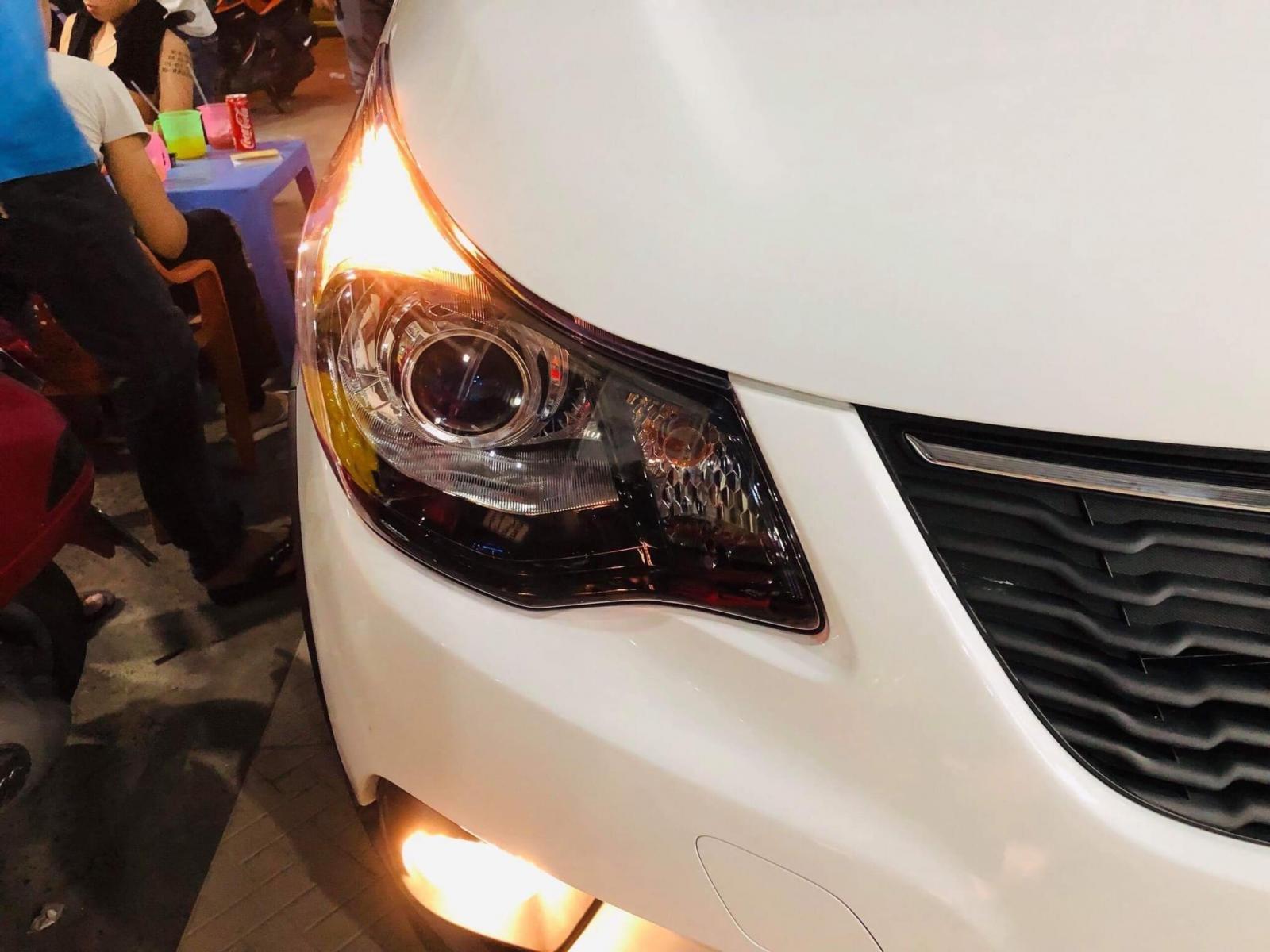 VinFast Fadil được nâng cấp đèn pha bi-xenon sau khi về chủ mới a7