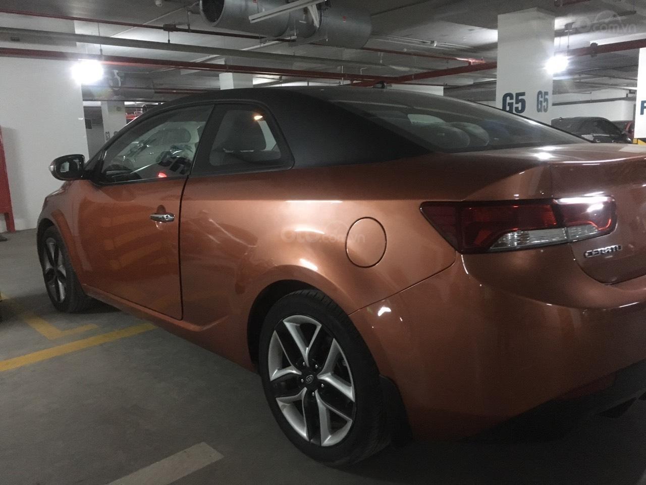 Bán rẻ xe Kia Cerato Koup 2.0, 5 chỗ, 2 cửa, màu cam, nhập khẩu-0
