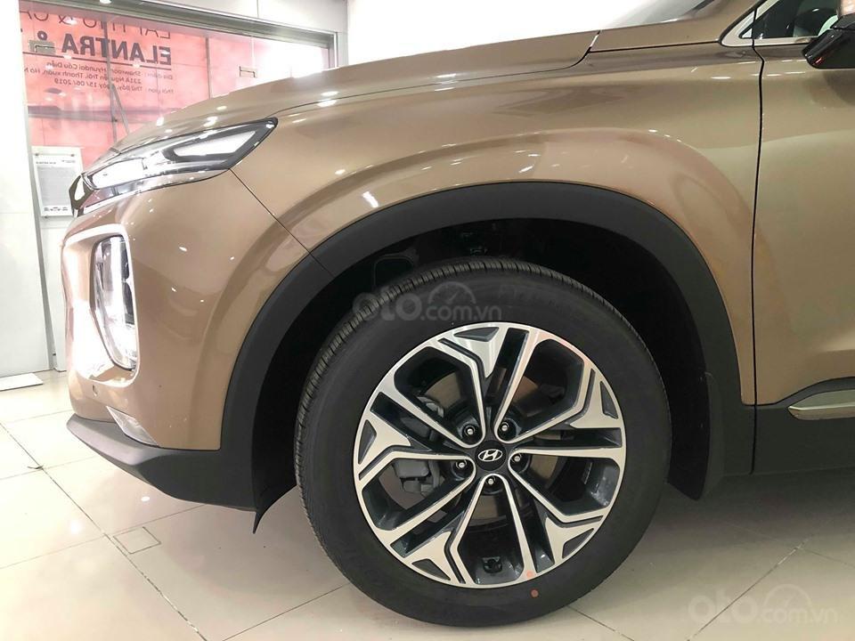 Bán Hyundai Santa Fe 2019 máy dầu, vàng cát, tặng 10triệu - nhiều ưu đãi - LH: 0964898932-2