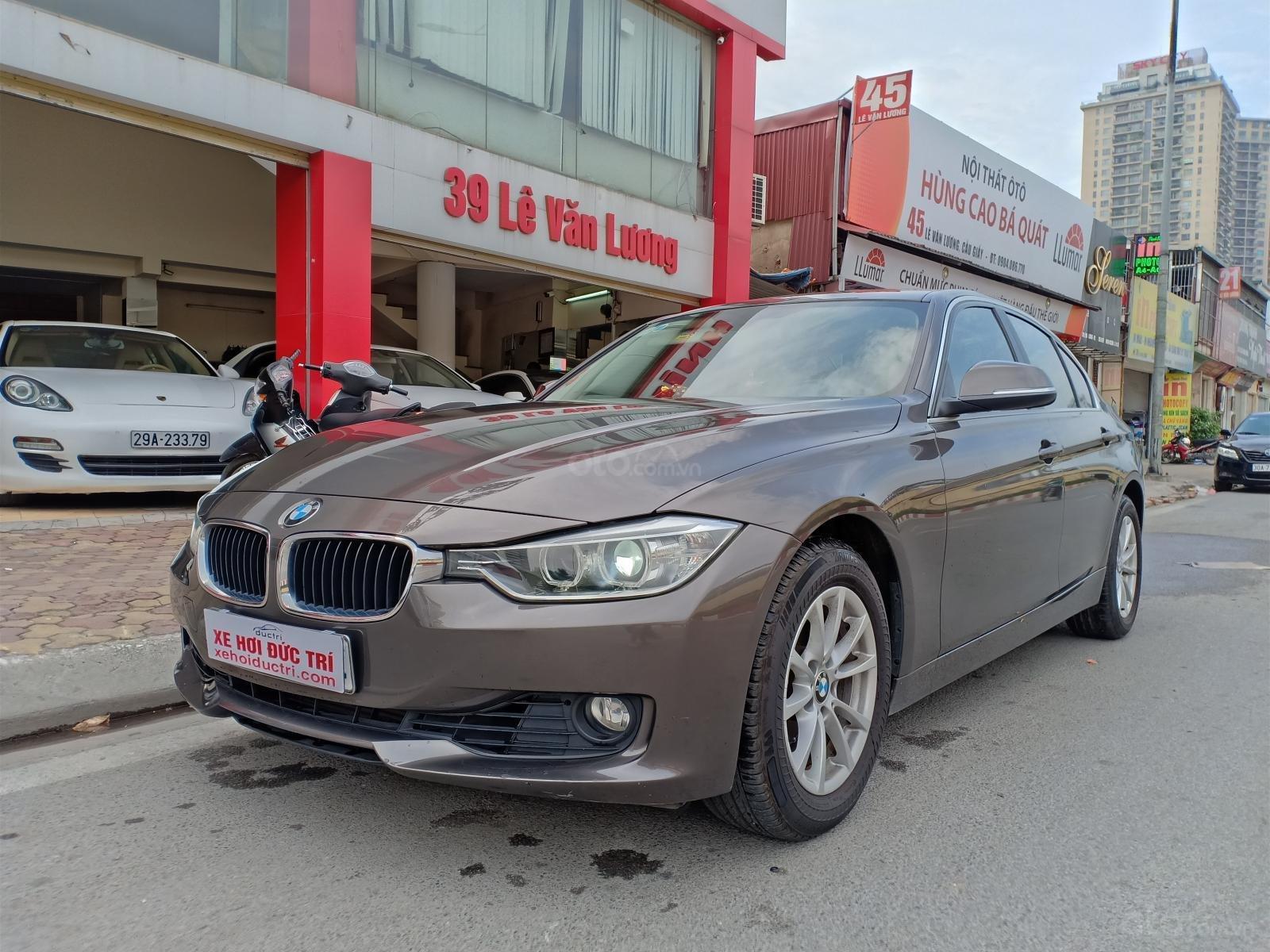 Cần bán xe BMW 3 Series 320i F30 đời 2015, màu nâu nhập Đức, 990tr-1