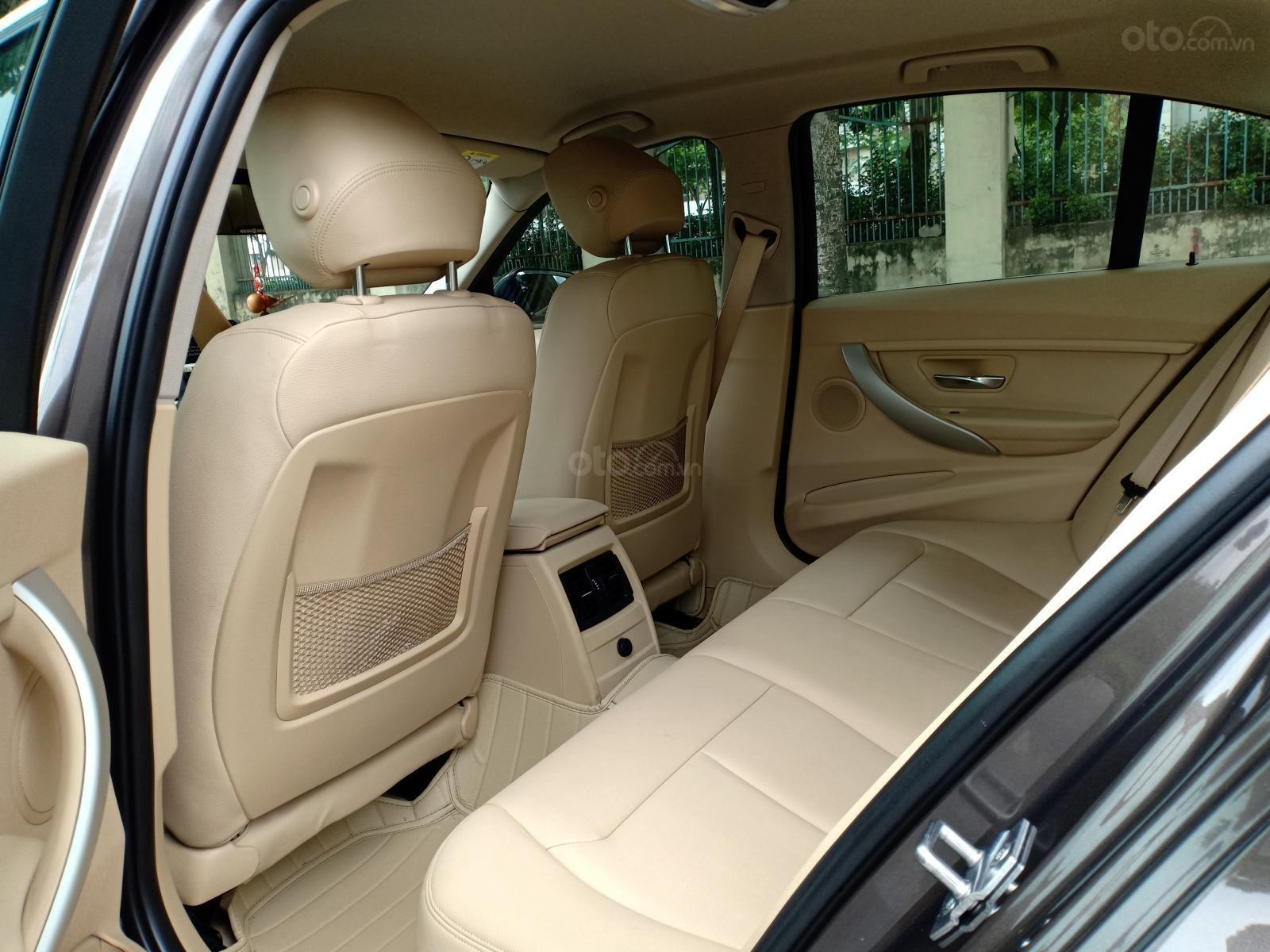 Cần bán xe BMW 3 Series 320i F30 đời 2015, màu nâu nhập Đức, 990tr-7