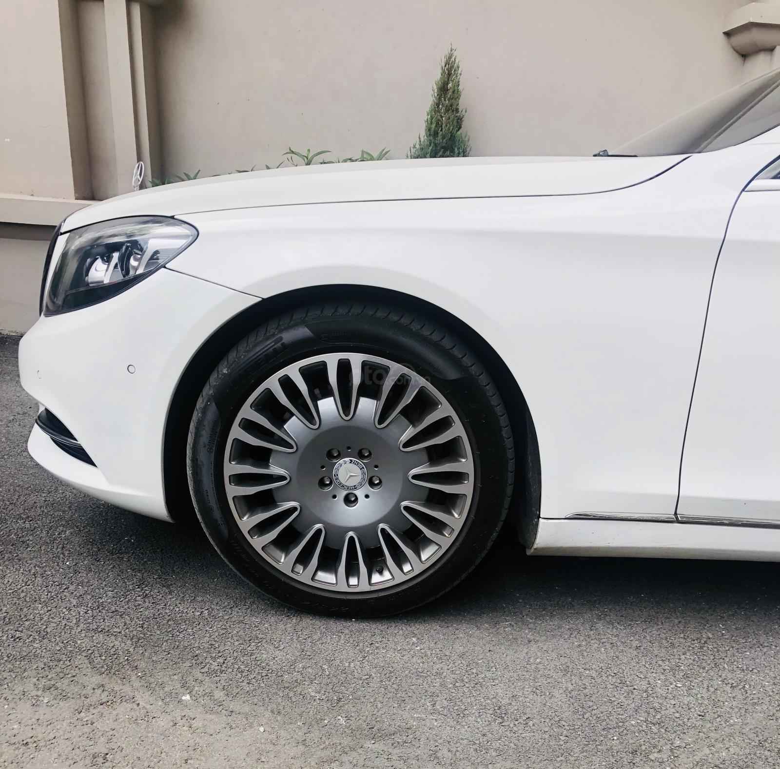 Gia đình thừa xe cần bán Mercedes-Benz S class S500 lên full Maybach 2015 đẹp như mới (4)