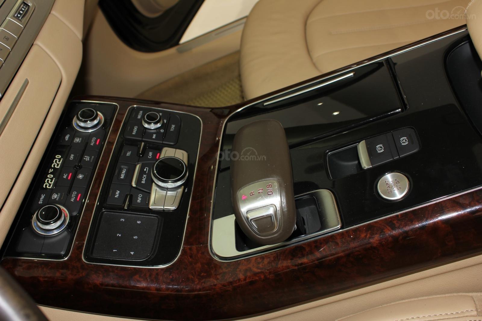Bán xe Audi A8L date 2011, màu đen, giá 1tỷ 750tr-4