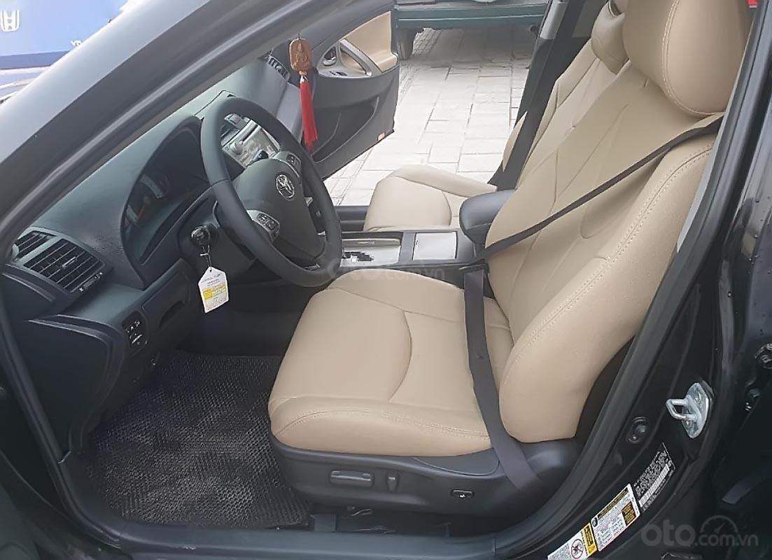 Bán Toyota Camry SE năm sản xuất 2009, màu đen, xe nhập-2