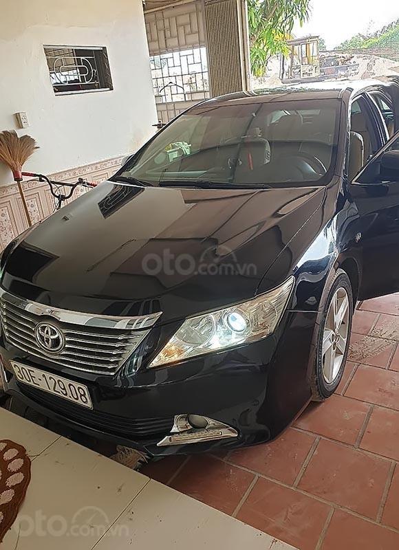 Cần bán Toyota Camry 2.5Q 2013, màu đen chính chủ-3
