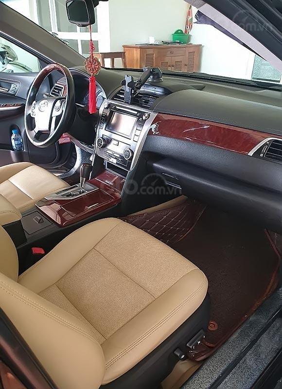 Cần bán Toyota Camry 2.5Q 2013, màu đen chính chủ-1