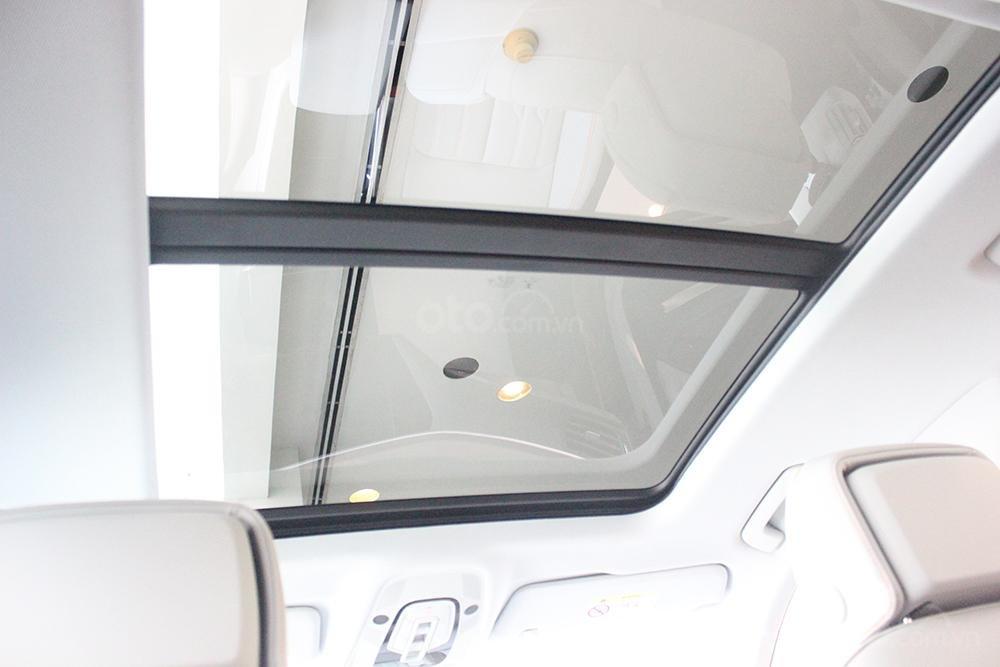 SUV điện Audi E-Tron chính thức cập bến showroom Audi Hồ Chí Minh 32