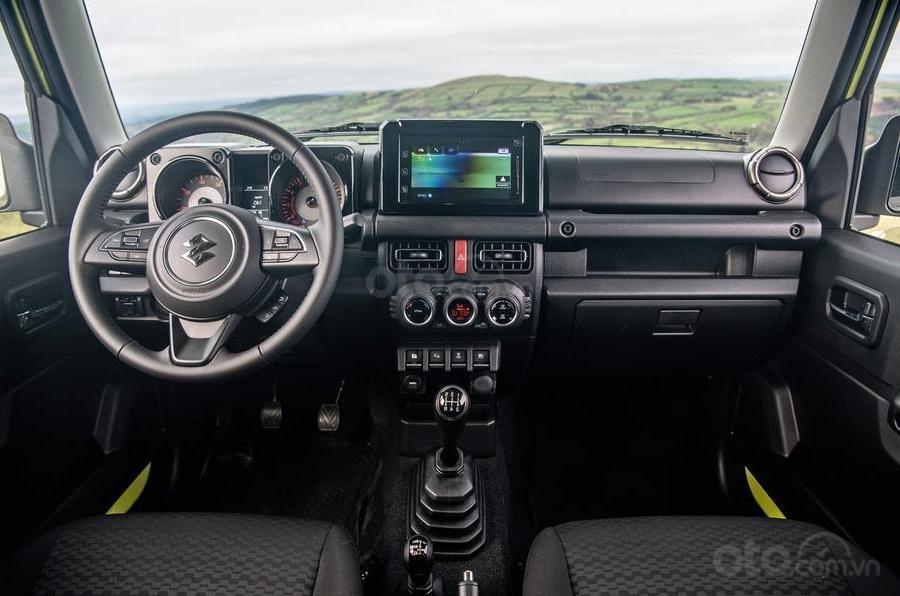 Suzuki Jimny 2020 : bảng điều khiển trung tâm