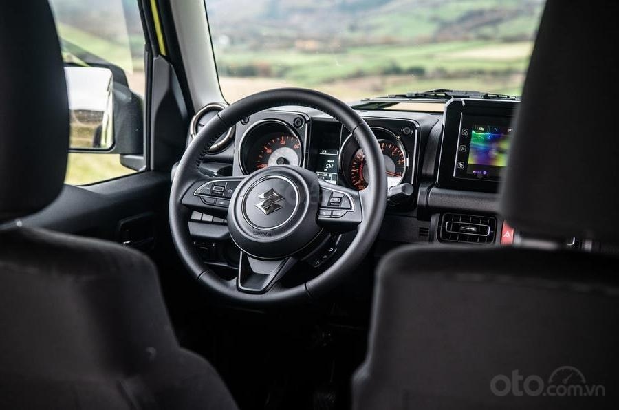 Suzuki Jimny 2020 : vô-lăng xe