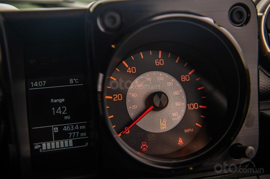 Suzuki Jimny 2020 : đồng hồ lái 2