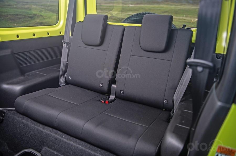 Đánh giá xe Suzuki Jimny 2020 về hệ thống ghế ngồi.