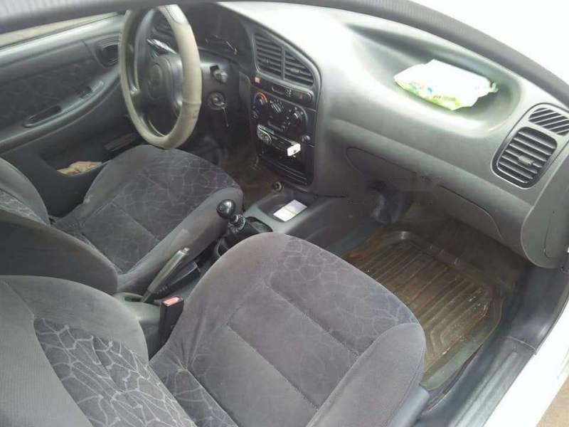 Bán Daewoo Lanos sản xuất năm 2002, màu trắng, giá chỉ 75 triệu (3)