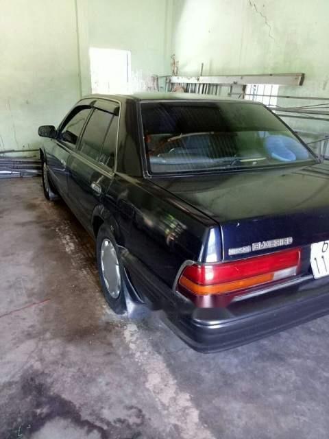 Cần bán gấp Nissan Bluebird MT đời 2002, xe gia đinh sử dụng đang trong tình trạng tốt (1)
