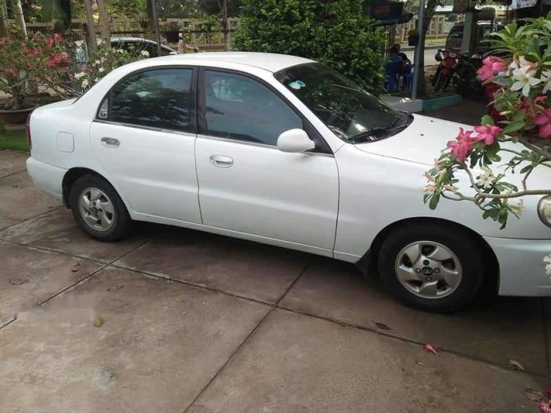 Bán Daewoo Lanos sản xuất năm 2002, màu trắng, giá chỉ 75 triệu (2)