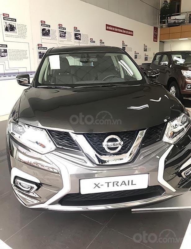 Cần bán xe Nissan X trail 2.0 đời 2019, màu nâu (1)