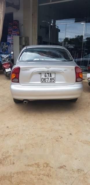 Cần bán xe Daewoo Lanos sản xuất 2002, màu bạc (3)