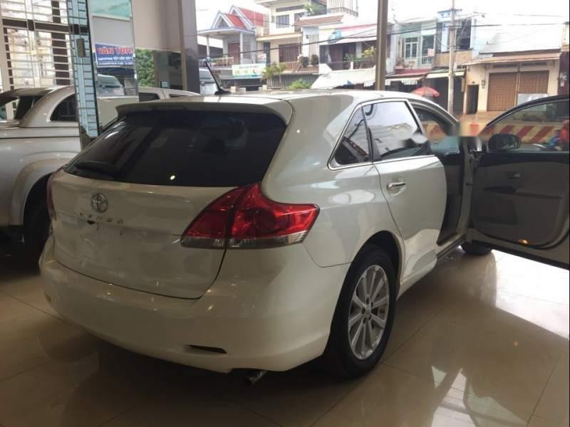 Bán xe Venza màu trắng đời 2010, xe đẹp (3)