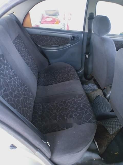 Cần bán xe Daewoo Lanos sản xuất 2002, màu bạc (1)