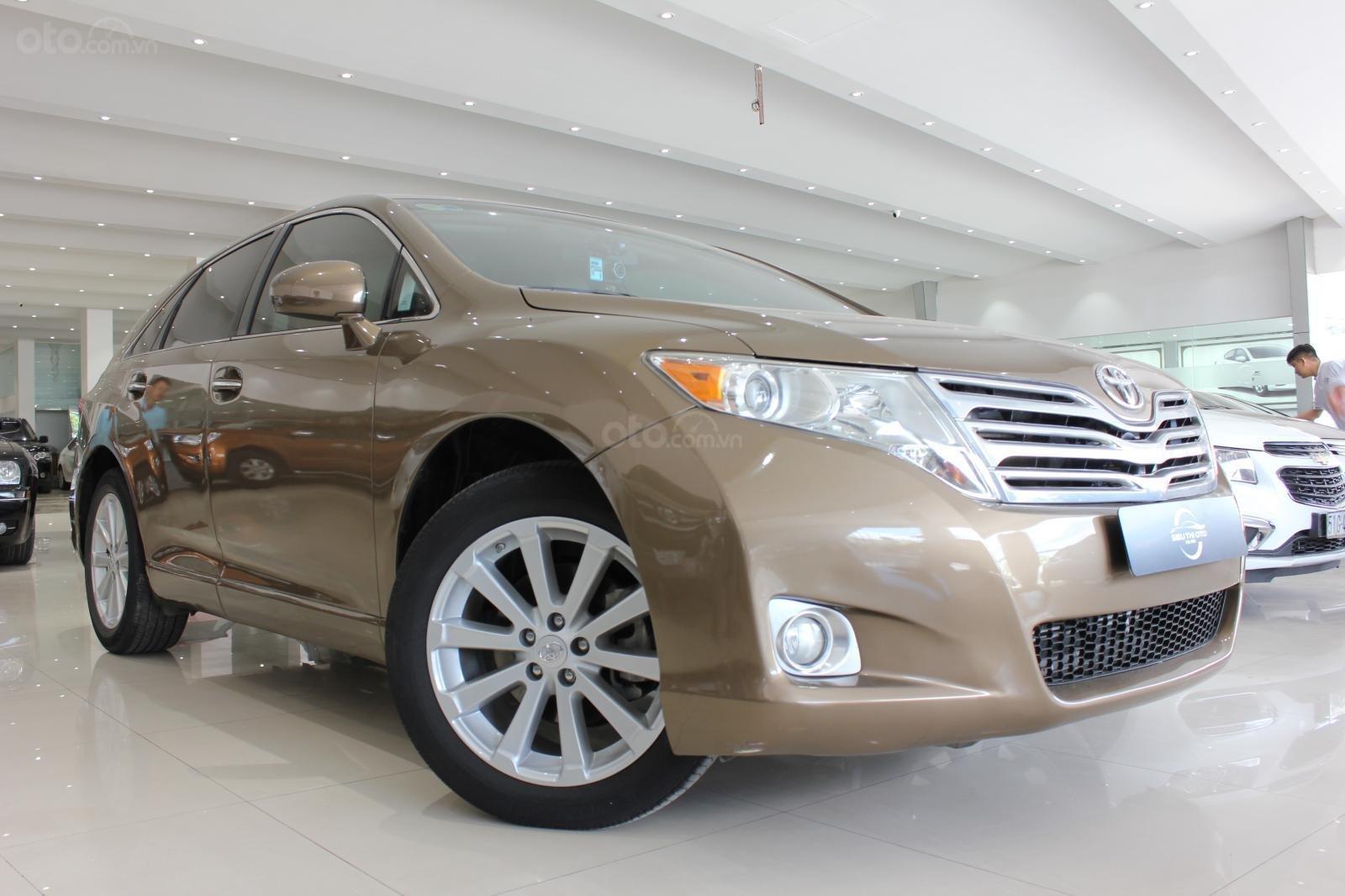 Bán ô tô Toyota Venza năm sản xuất 2011, màu nâu, nhập khẩu -0