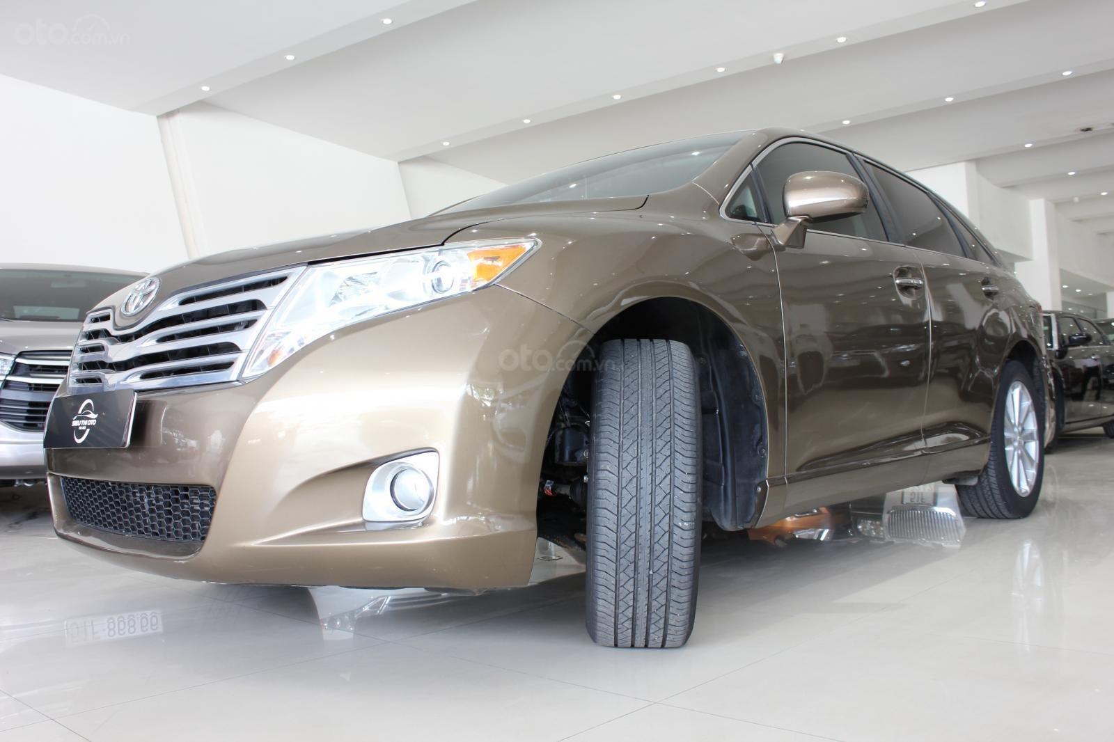 Bán ô tô Toyota Venza năm sản xuất 2011, màu nâu, nhập khẩu -6