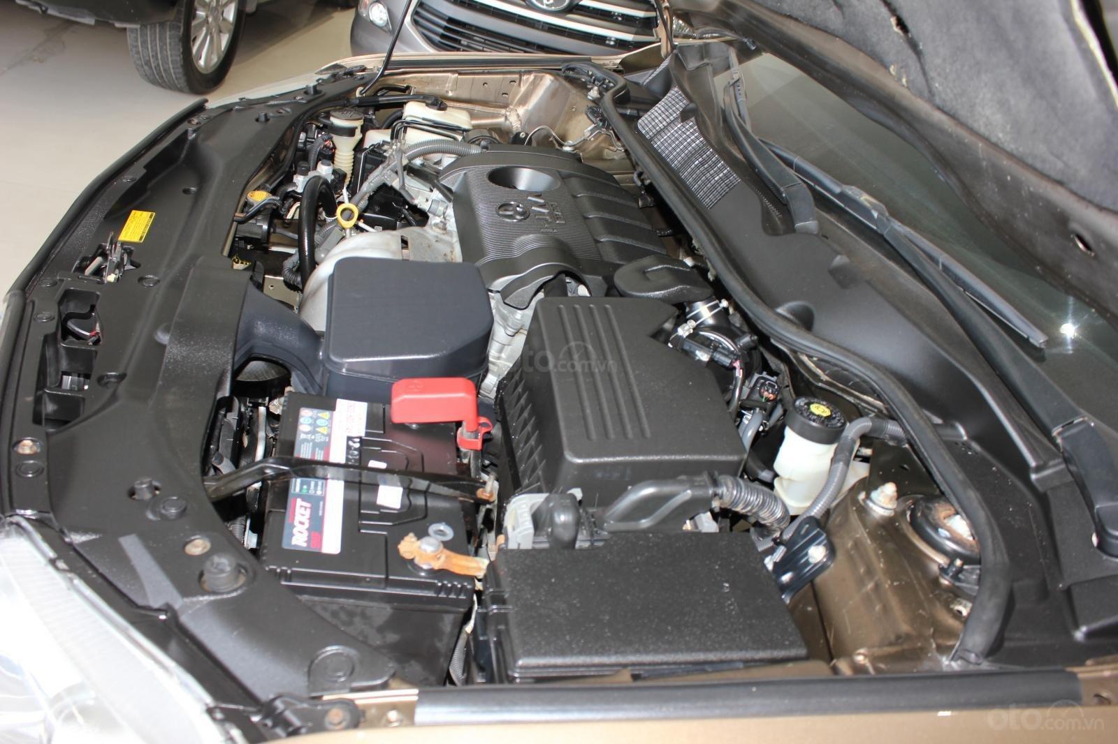 Bán ô tô Toyota Venza năm sản xuất 2011, màu nâu, nhập khẩu -4