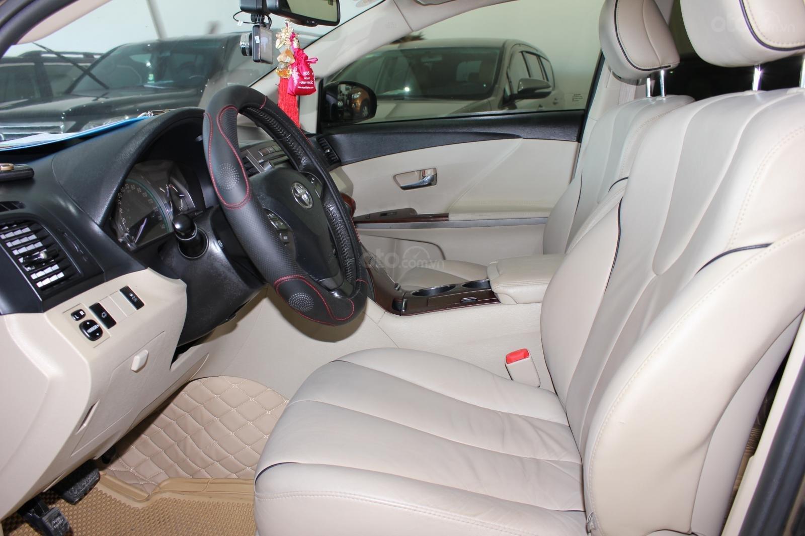 Bán ô tô Toyota Venza năm sản xuất 2011, màu nâu, nhập khẩu -5