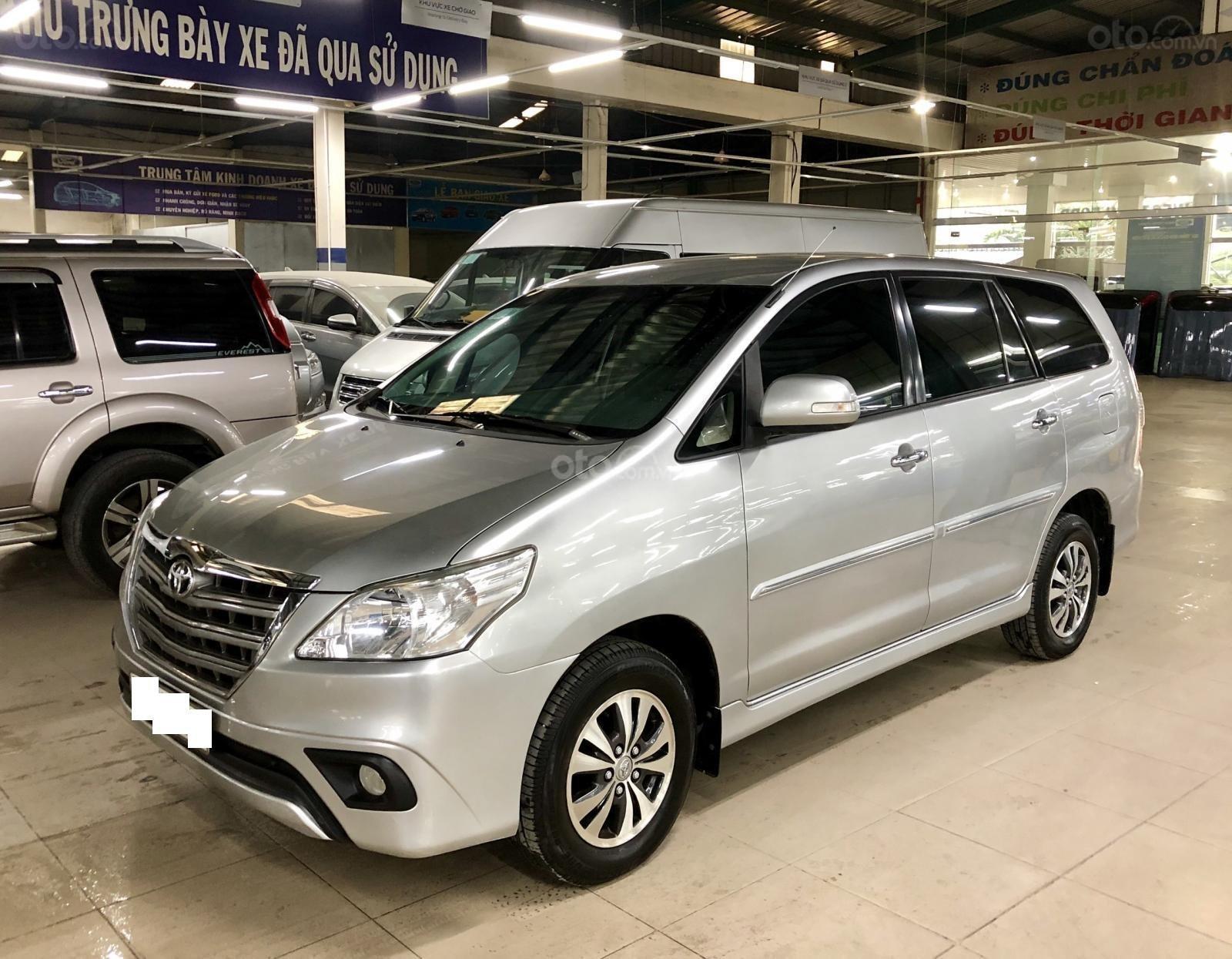 Bán xe Toyota Innova AT 2015, xe bán tại hãng Western Ford có bảo hành-2