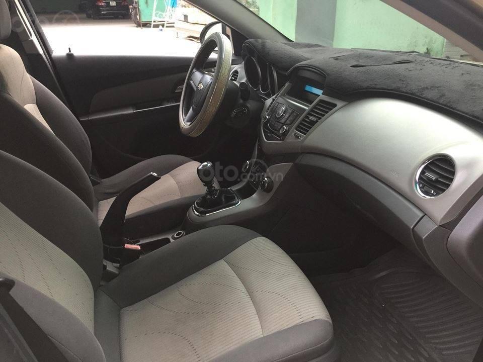 Bán Chevrolet Cruze năm 2010, màu nâu còn mới (8)