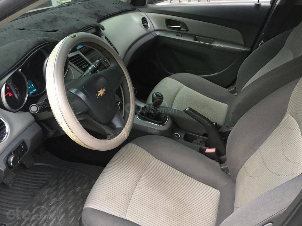 Bán Chevrolet Cruze năm 2010, màu nâu còn mới (12)