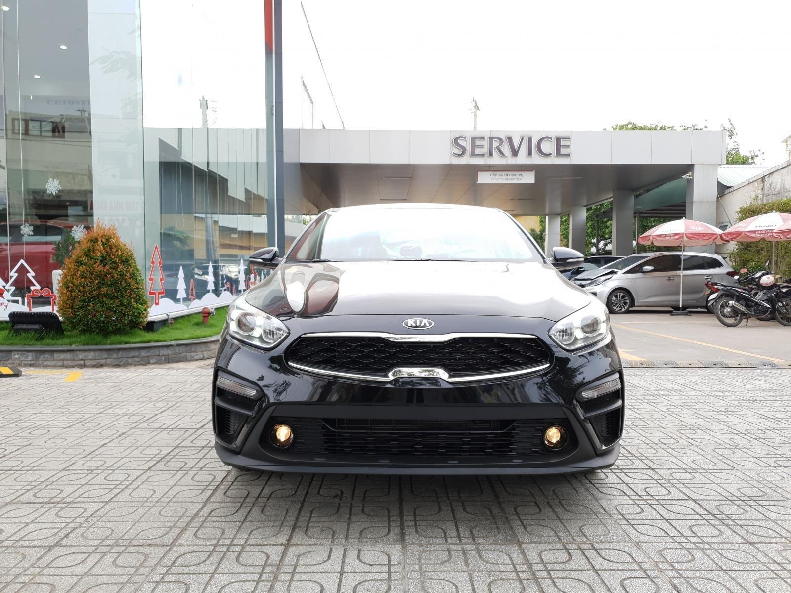 Cần bán Kia Cerato Deluxe năm sản xuất 2019, màu đen-0