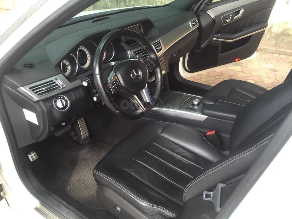 Mercedes-Benz E400 AMG sản xuất 2014 mầu trắng Ngọc Trinh đã xuất hiện Full option (7)