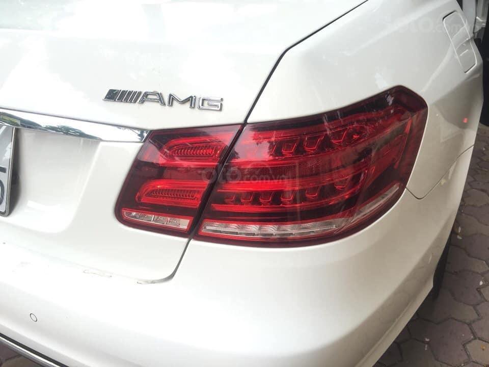 Mercedes-Benz E400 AMG sản xuất 2014 mầu trắng Ngọc Trinh đã xuất hiện Full option (6)