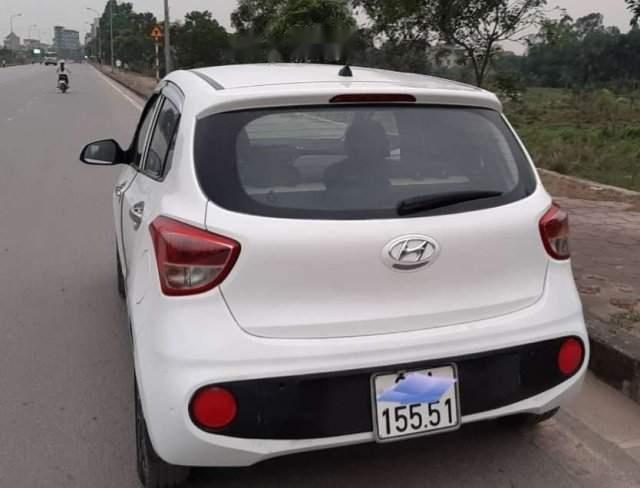 Bán Hyundai Grand i10 năm 2017, màu trắng, chính chủ (2)