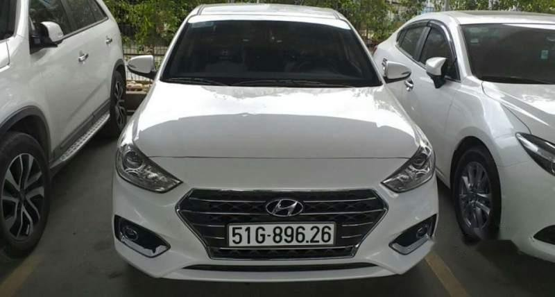 Cần bán xe Hyundai Accent đời 2019, màu trắng, 5 chỗ (1)