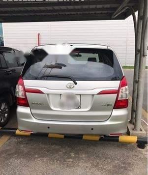Bán xe cũ Toyota Innova đời 2015, màu bạc (2)