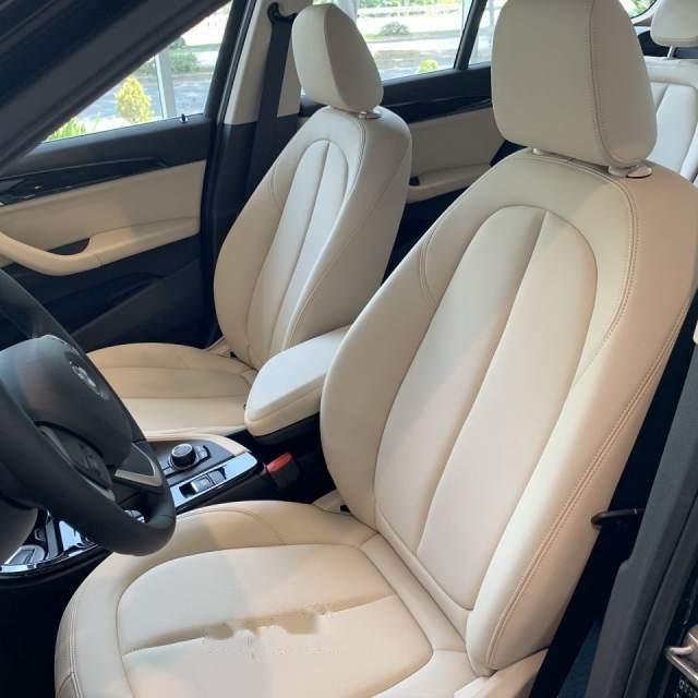 Bán BMW X1 sDrive18i năm sản xuất 2018, màu nâu, xe nhập (5)