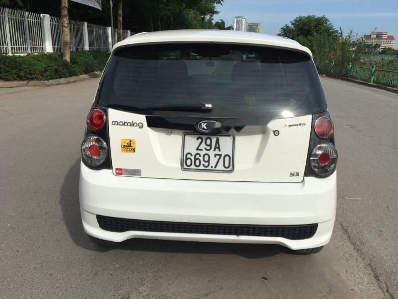 Bán Kia Morning Sport số sàn, màu trắng, nội thất nguyên bản theo xe như mới (2)