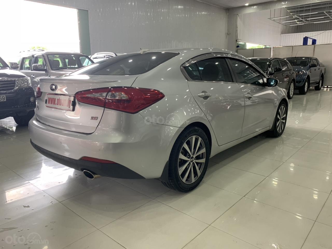 Cần bán Kia K3 đời 2015, màu bạc (8)