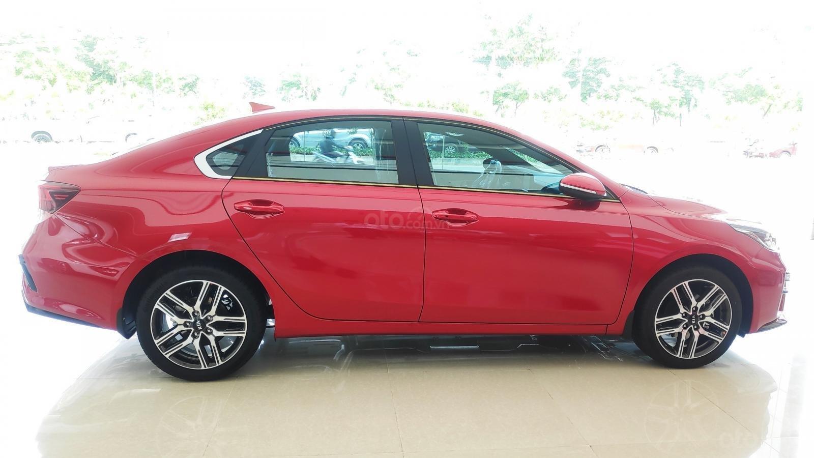 Kia Cerato Premium đặc biệt - giảm giá tiền mặt + tặng bảo hiểm xe + phụ kiện - liên hệ PKD Kia Thảo Điền 0961.563.593 (4)