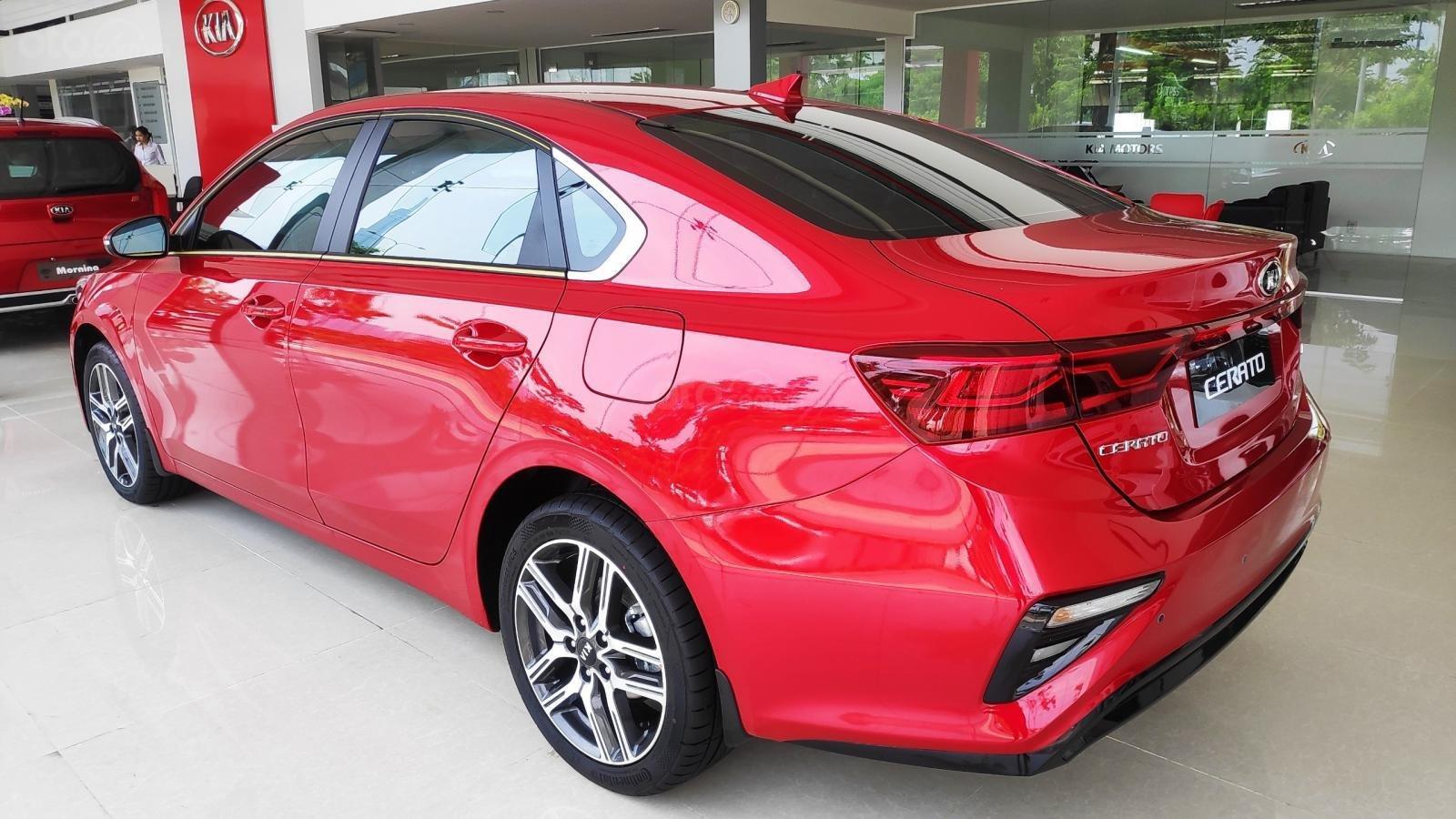 Kia Cerato Premium đặc biệt - giảm giá tiền mặt + tặng bảo hiểm xe + phụ kiện - liên hệ PKD Kia Thảo Điền 0961.563.593 (5)