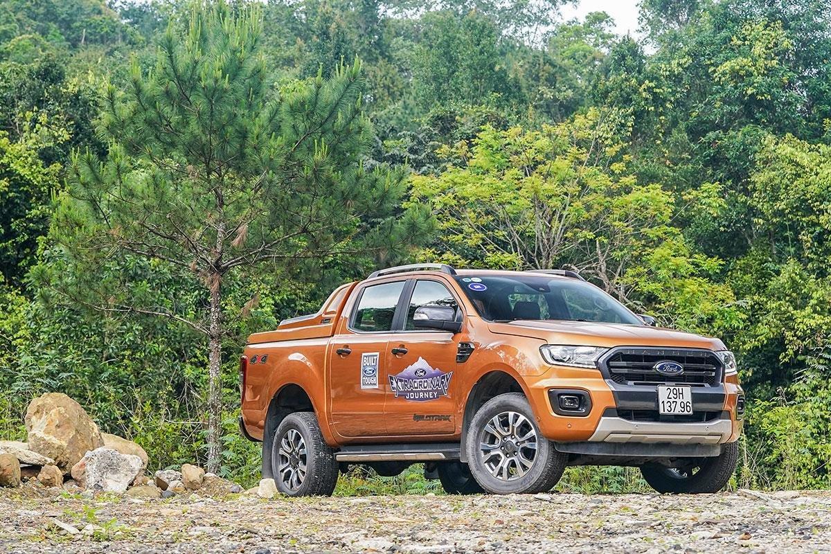 Ford Ranger 2019 sở hữu kích thước 5.362 x 1.860 x 1.830 (mm) 1