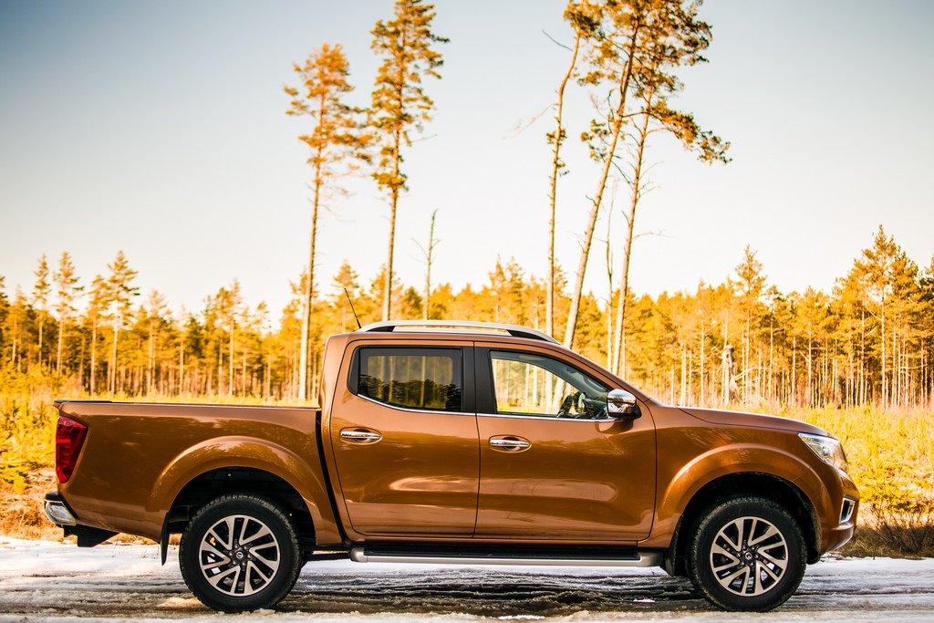 Xe Nissan Navara 2019