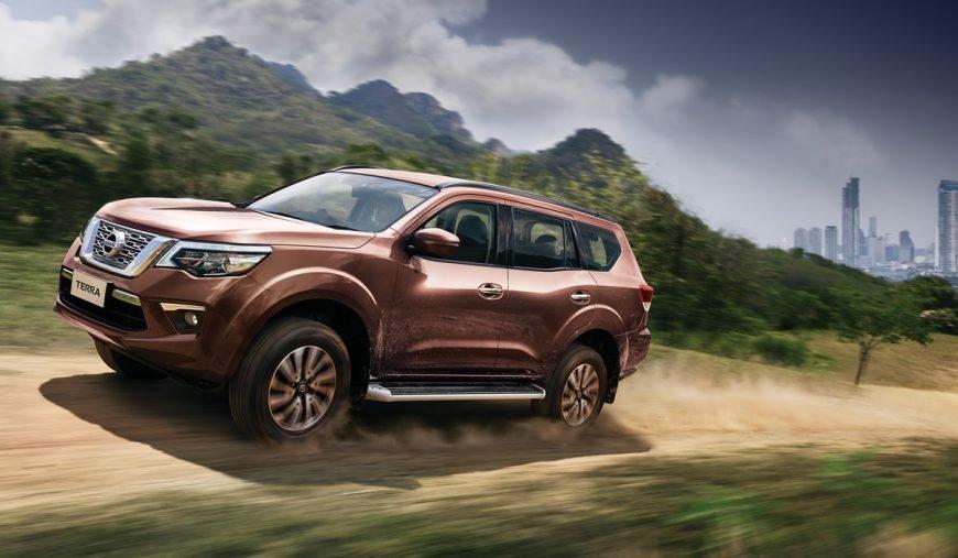 Xe Nissan Terra 2019