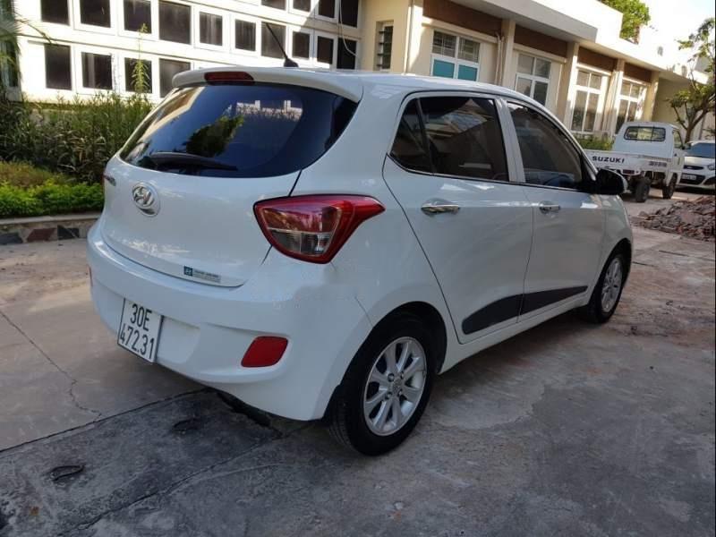 Bán xe Hyundai Grand i10 2016, màu trắng, xe nhập chính chủ-3