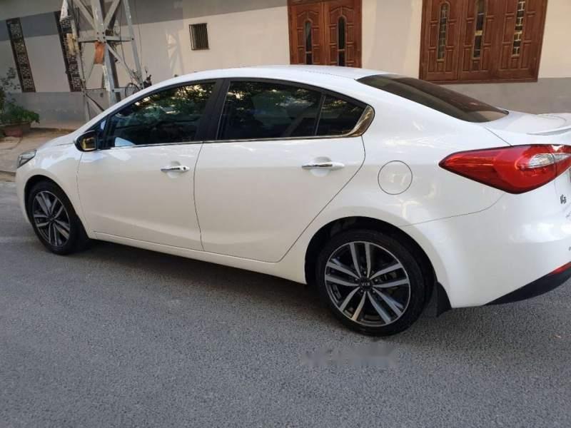 Cần bán Kia K3 năm sản xuất 2016, màu trắng, nhập khẩu, giá 510tr-0
