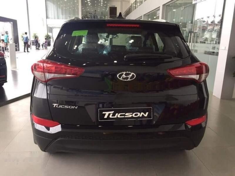 Cần bán Hyundai Tucson sản xuất 2018, màu đen-5
