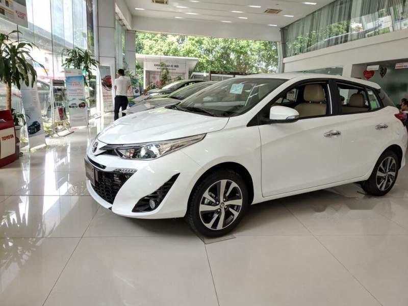 Bán Toyota Yaris 2019, màu trắng, nhập khẩu Thái, giá tốt (1)
